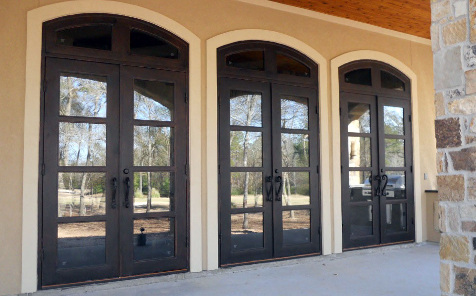 Are Iron Doors Modern Doors? Yes! Thanks to Attractive Styling