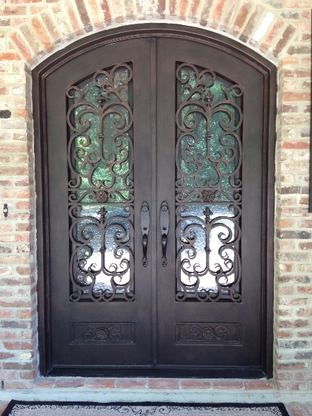 The Benefits of Having a Powder Coated Iron Door