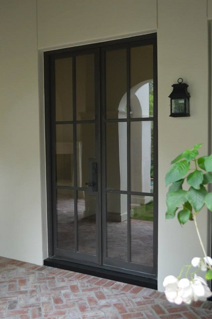 What Makes an Iron Door Modern?