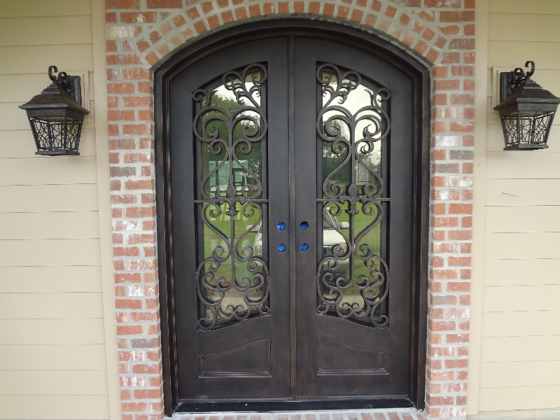 3 Reasons an Iron Door is Great for Security